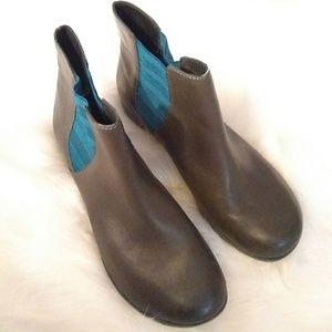 Korkease boots sz 9 leather